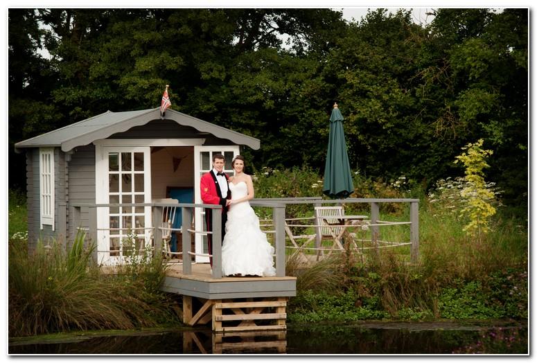 wedding photographer in Devon