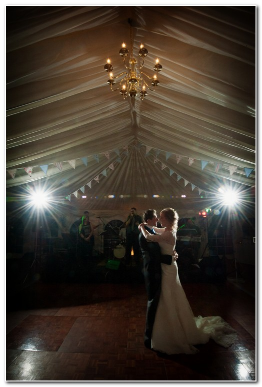 beautiful marquee wedding in devon